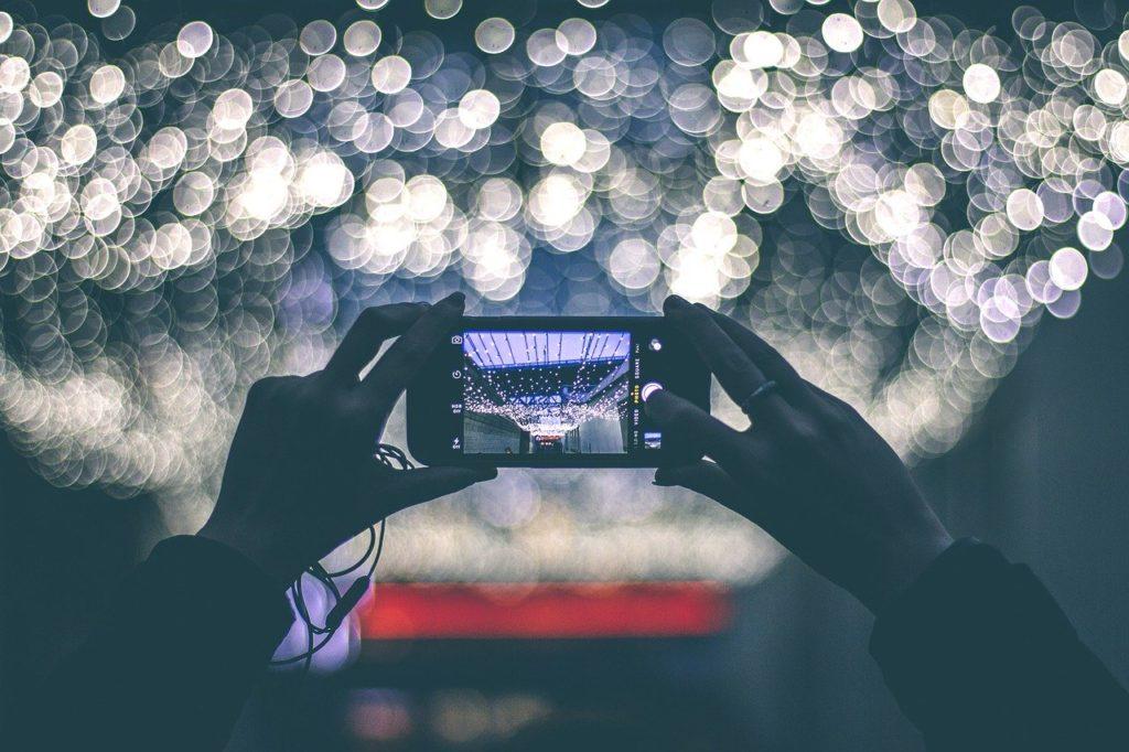 写真共有アプリ